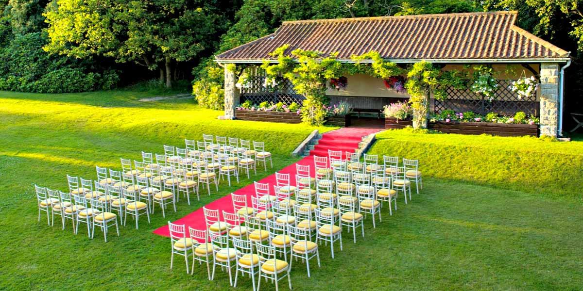 Outdoor Wedding Venue Outside London Ashdown Park Hotel